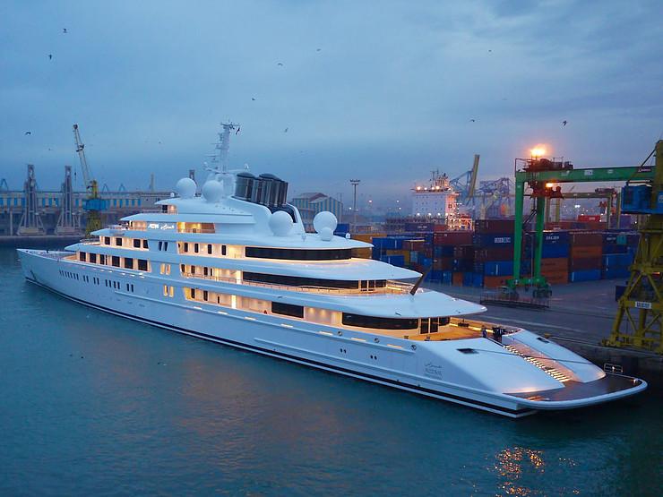 Worlds Largest Yacht